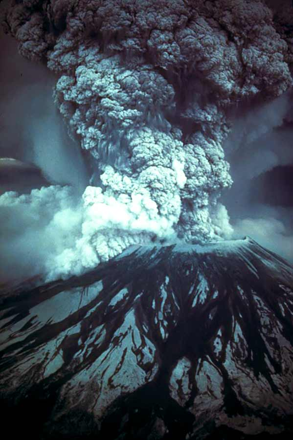 Mount St Helens erupts I Science, Technology, and Lifestyle I SciTechLifestyle.com